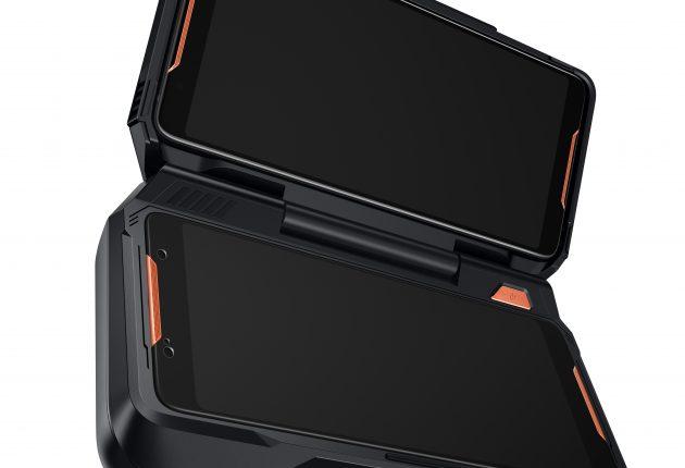 Saknar du ditt gamla Nintendo DS? Då är dubbelskärmsdockan något för dig.