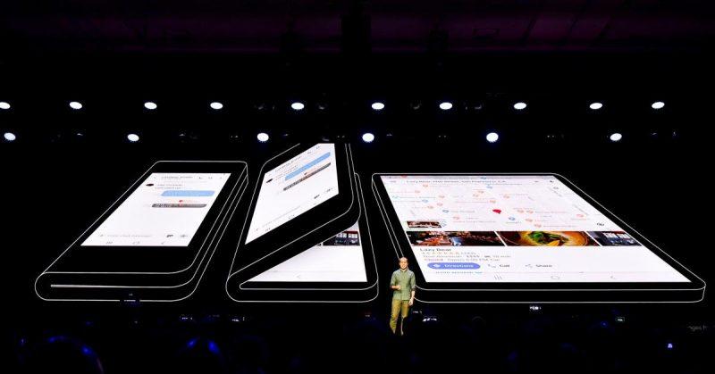 Samsung visar vikbar mobil
