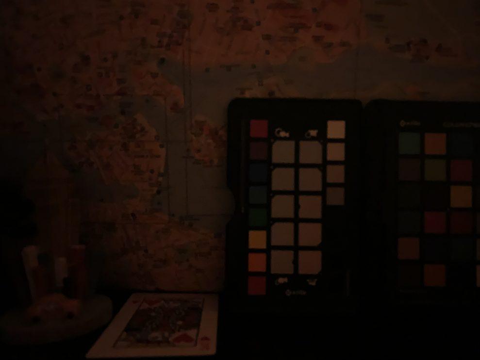 dark iPhone XS