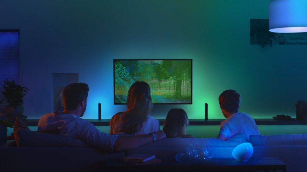 "Ny Philips Hue-box ger dig ""Ambilight"" med alla TV-apparater"