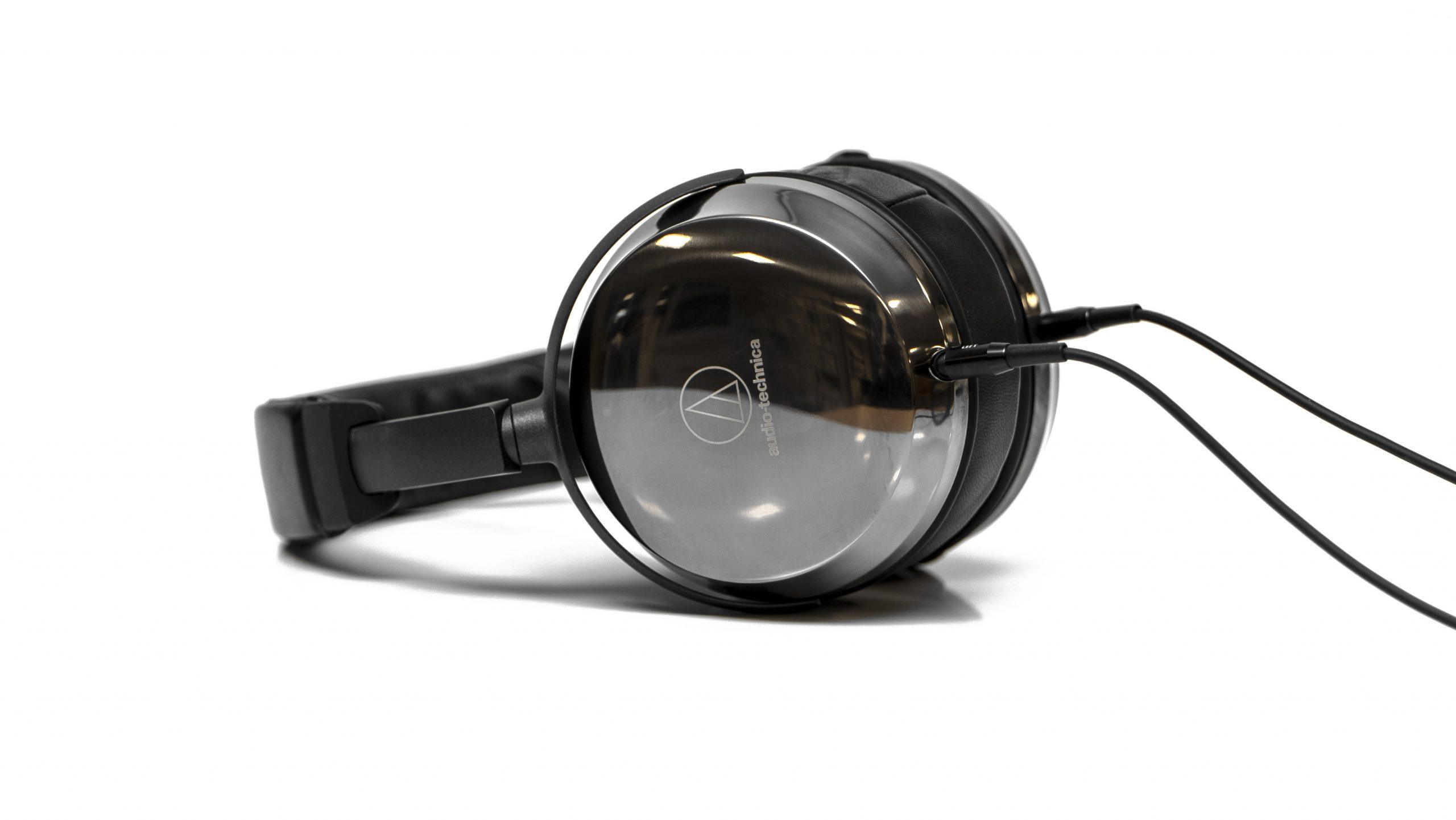 Audio-Technica ATH-AP2000Ti side (2)