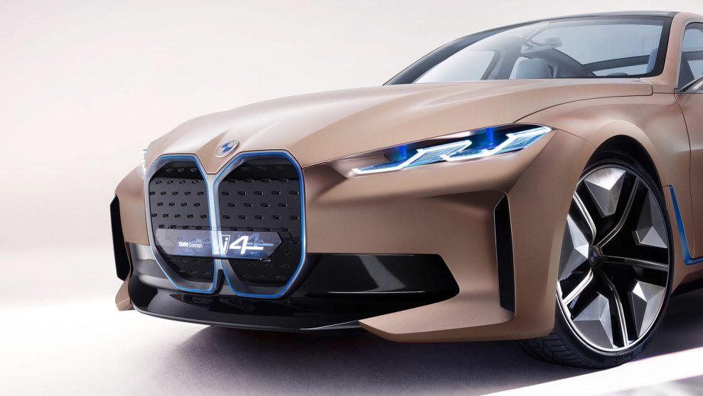 BMW-Concept-i4-8-989x557