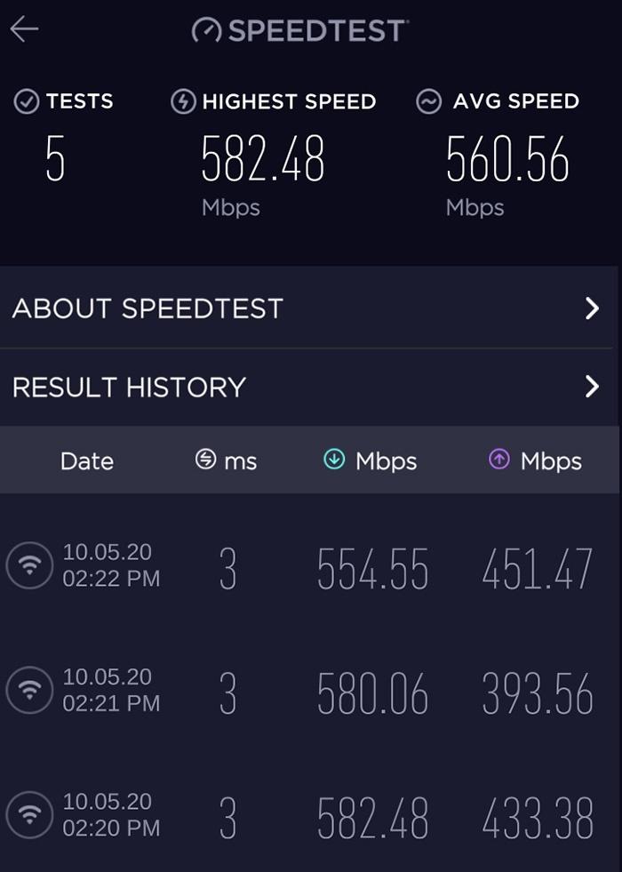 Netgear Nighthawk MK63 m wifi fra router i rom ved siden av