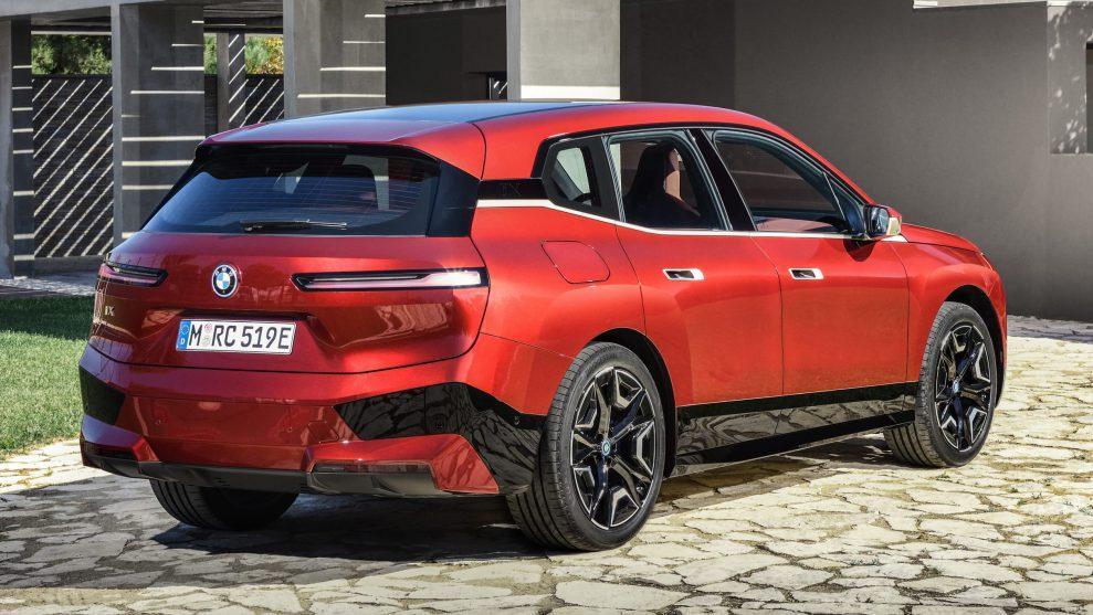 BMW iX Sports Pack 3