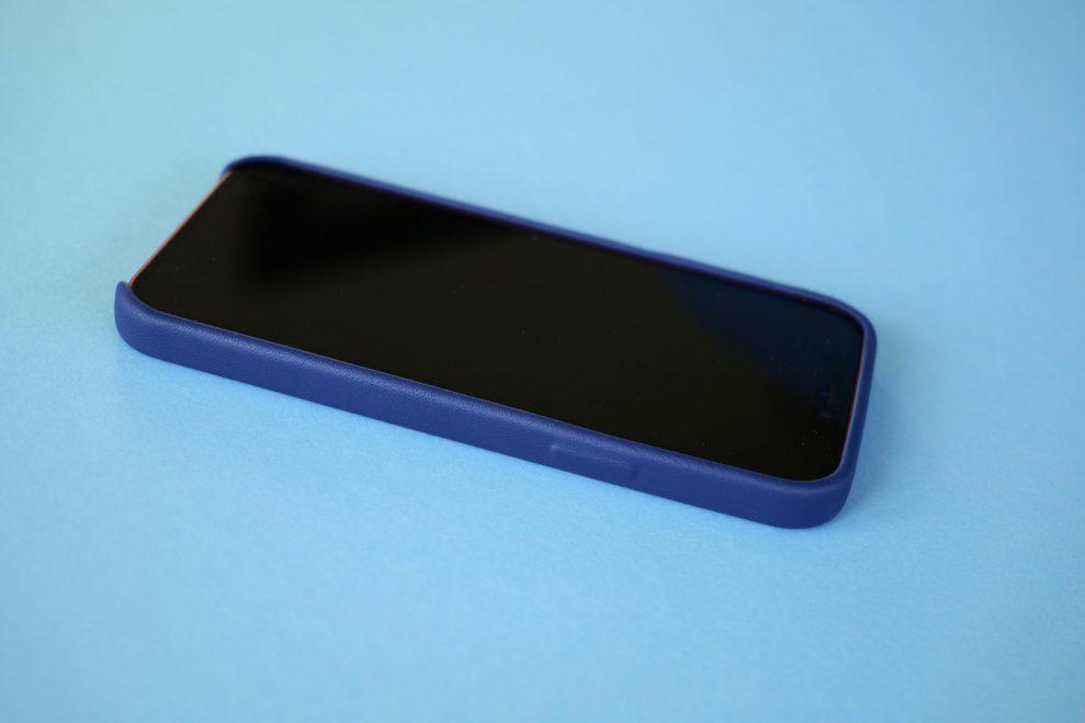 iPhone 12 Mujjo