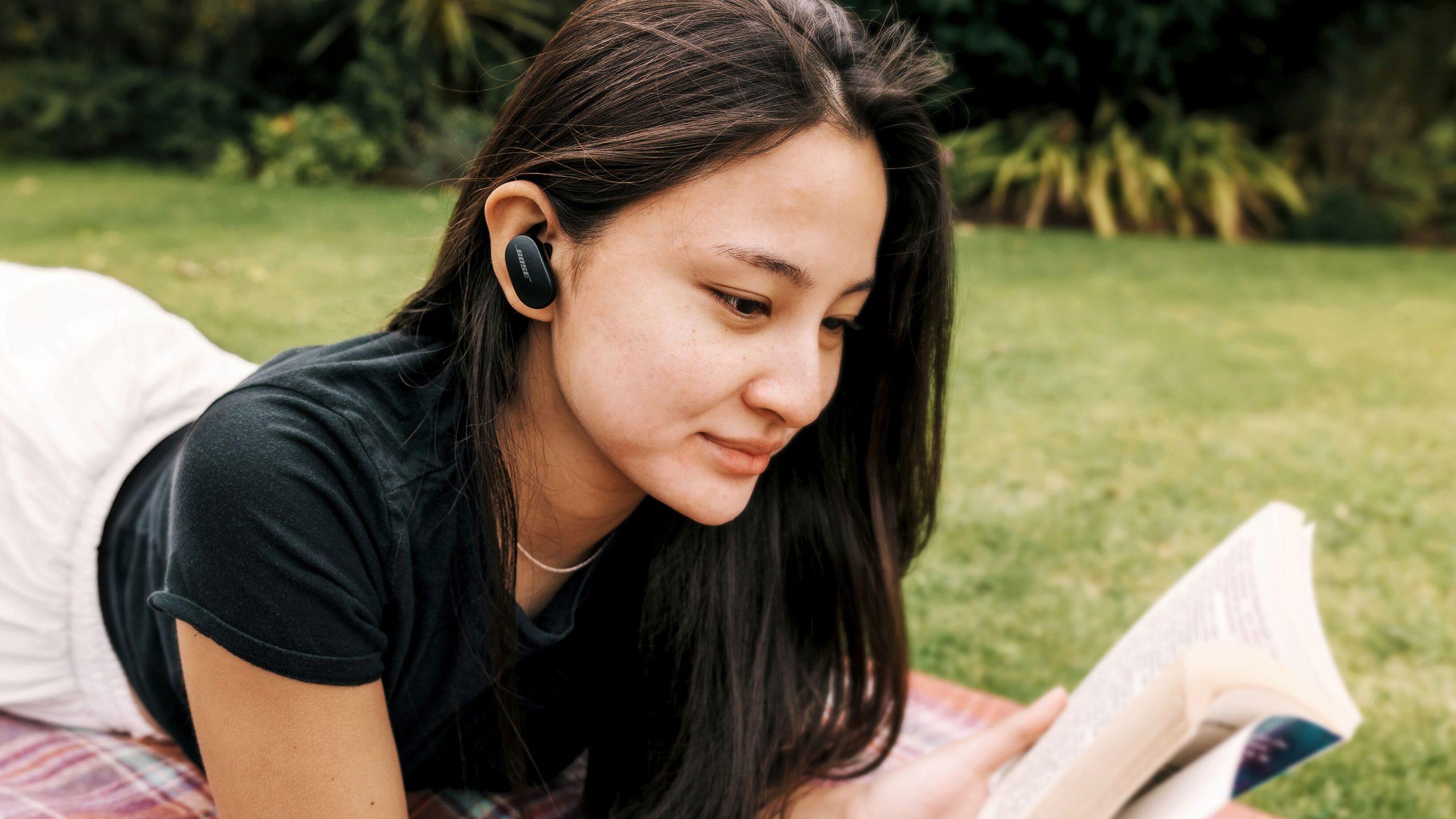 Bose QuietComfort Earbuds SPREAD