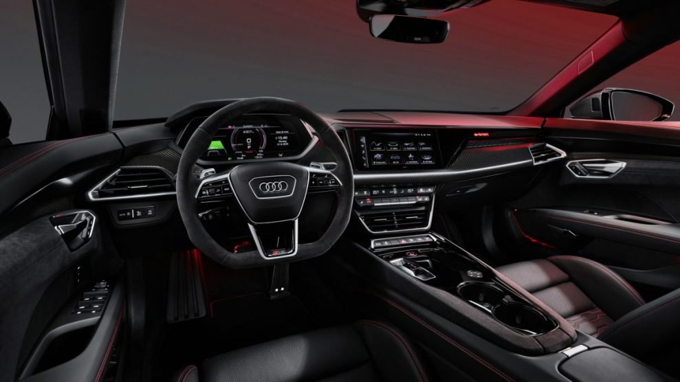 Audi-e-tron-GT-interior-2-989x556