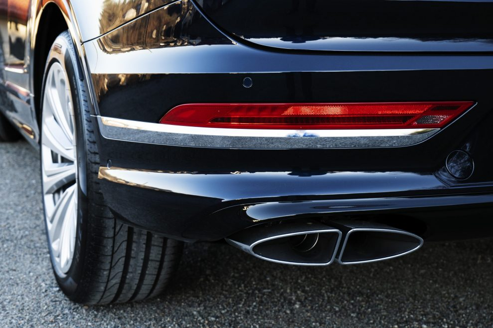 Bentley Bentayga exhaust