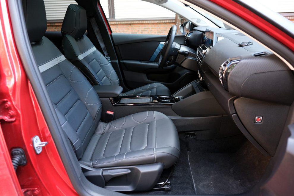 Citroën ë-C4 Shine foran
