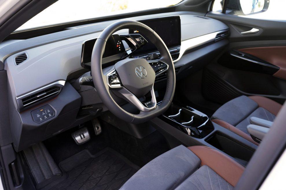 VW ID4 hvit foran