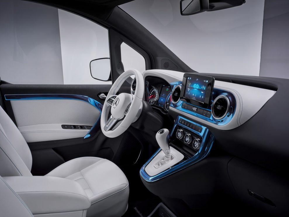 Mercedes-Concept-EQT-10-989x742
