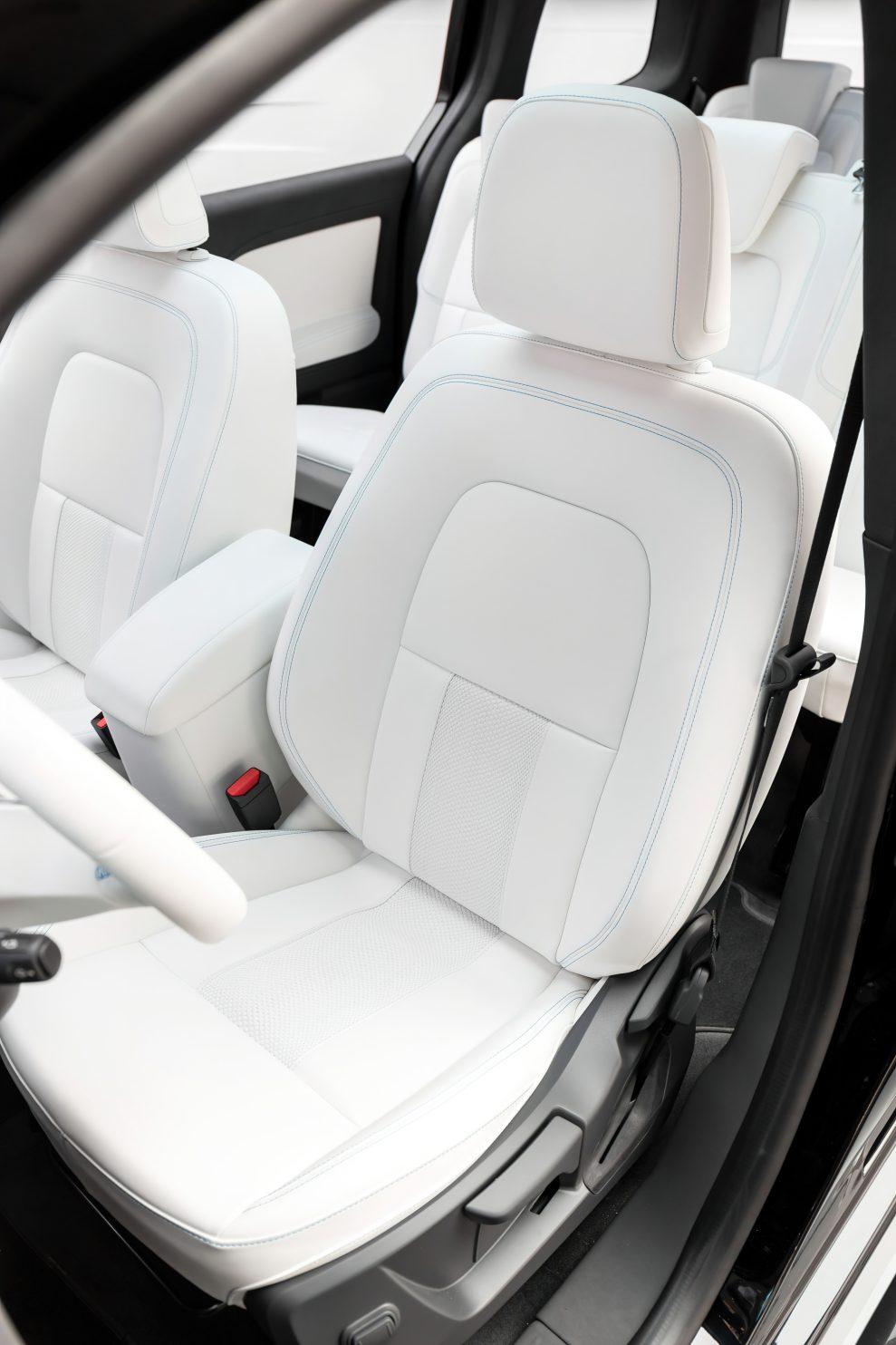 Mercedes-Concept-EQT-38-989x1484