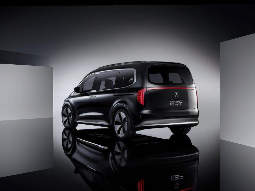 Mercedes-Concept-EQT-5-989x742