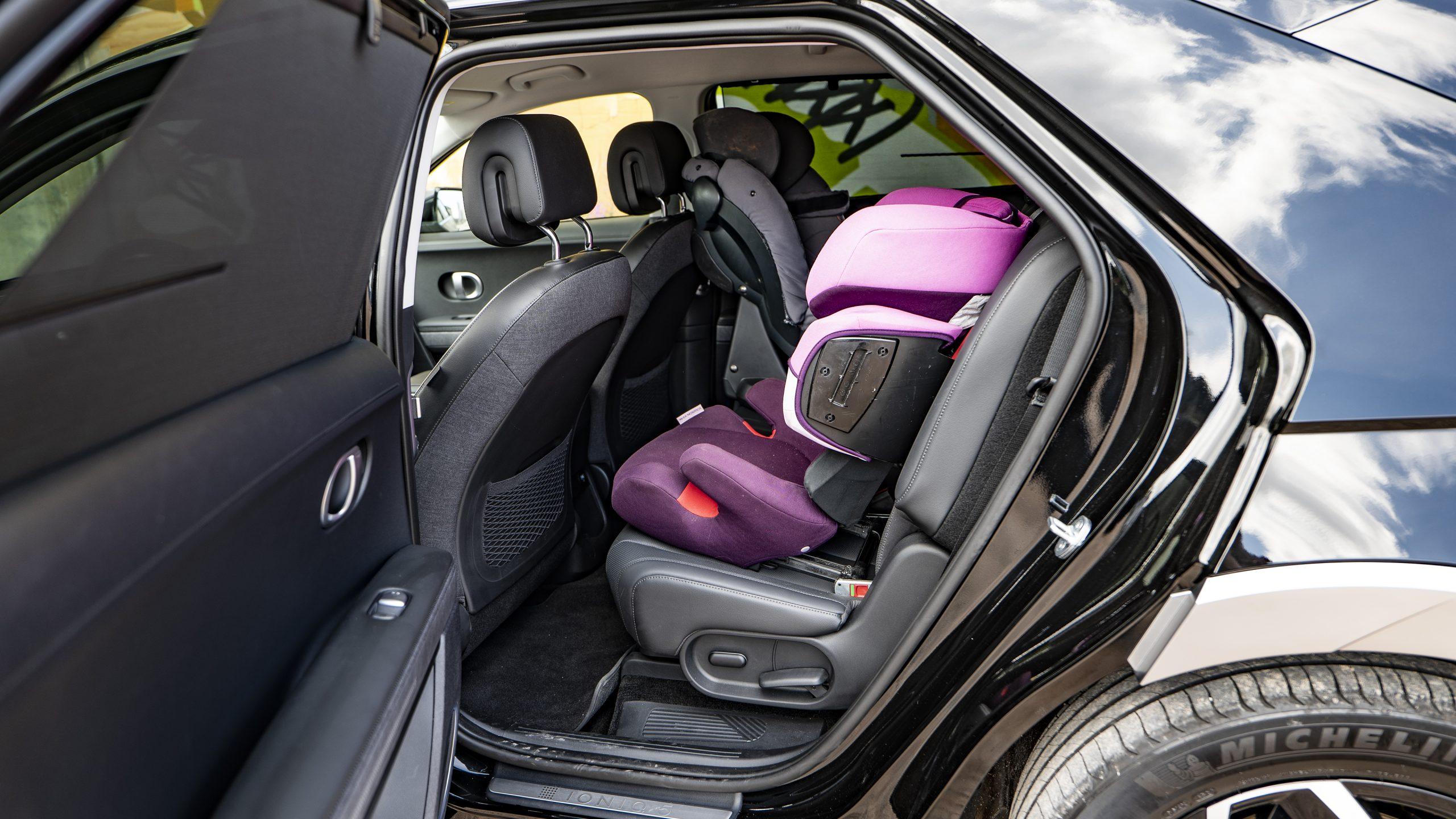 Hyundai IONIQ5 child seats