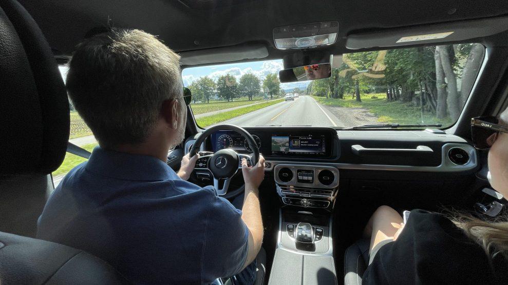 Gelenderwagen driving