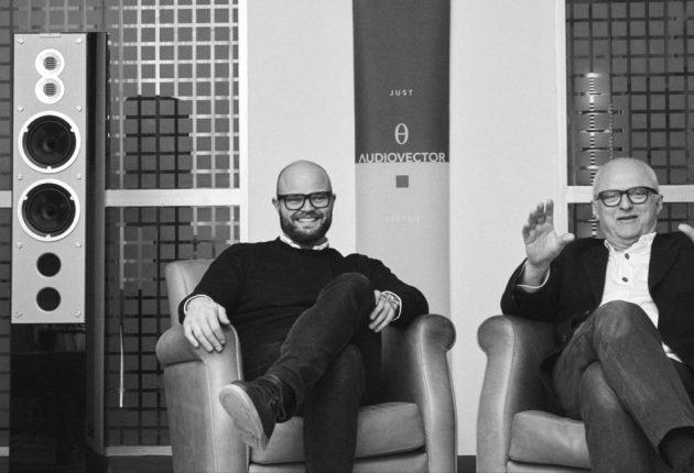 Ole Klifoth (till höger) är Audiovectors chefsingenjör. Hans son Mads (till vänster) är VD. Foto: Audiovector