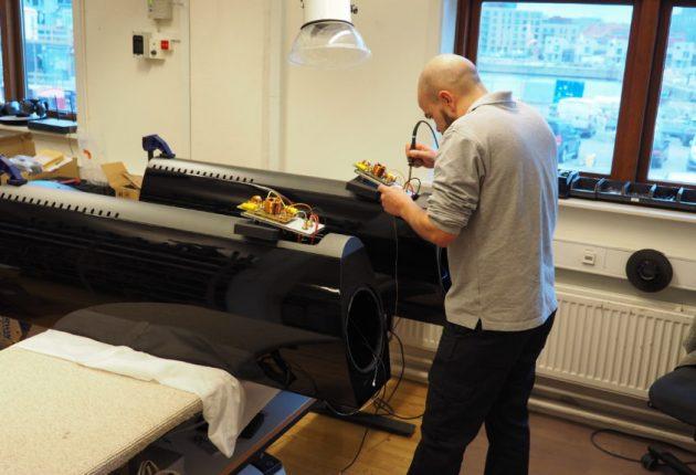 Här monteras ett par SR6 Avantgarde Arreté. Foto: Geir Gråbein Nordby