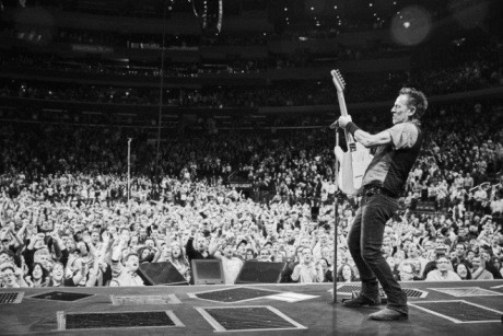 Bruce-Springsteen-WEB-The-River-Tour-2016-–-28.03-7-e1460707236164-2