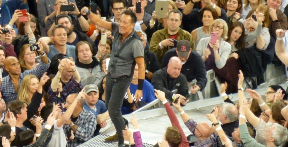 Bruce-Springsteen-WEB-The-River-Tour-2016-–-28.03-93-990x505