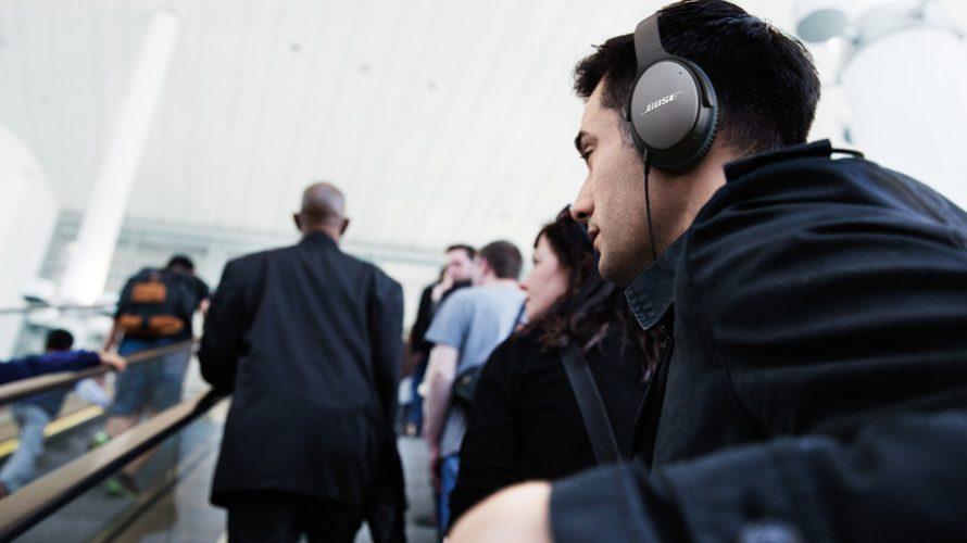 8 hörlurar med brusreducering