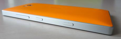 Nokia Lumia 930 side