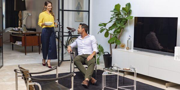 Philips TV lanserar sin första TV med ljud från Bowers & Wilkins