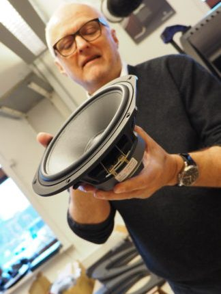 Baselementen görs av ScanSpeak efter Audiovectors specifikationer. Foto: Geir Gråbein Nordby