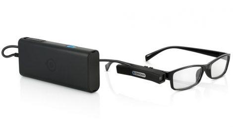 Kameraglasögon läser för blinda