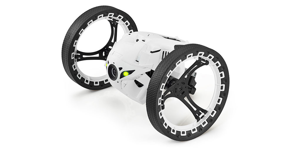 Parrot_Jumping_Sumo_3-990x505