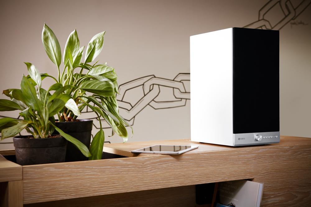 raumfeld stereo m och stereo l ljud bild. Black Bedroom Furniture Sets. Home Design Ideas