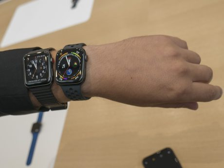 Gamla och nya Apple Watch