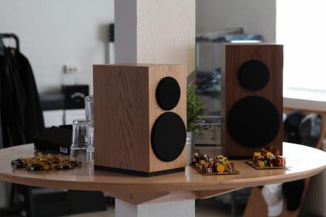 Hos Buchardt var det dukat med både högtalare och delningsfilter. Foto: Buchardt Audio