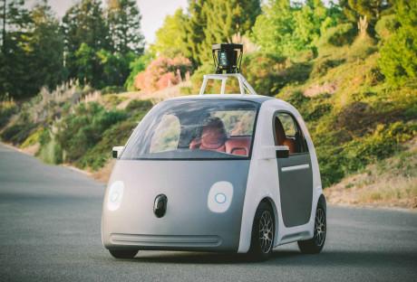 I ett brev har Google fått bekräftat att det är datorn som är föraren i företagets självkörande bilar. Foto: Google