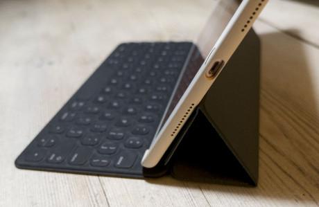 ipad pro keyboard stand