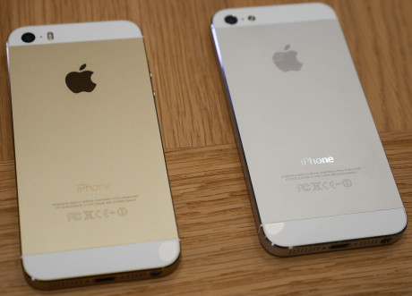 iphone 5s guld vs iphone 5 silver 1600