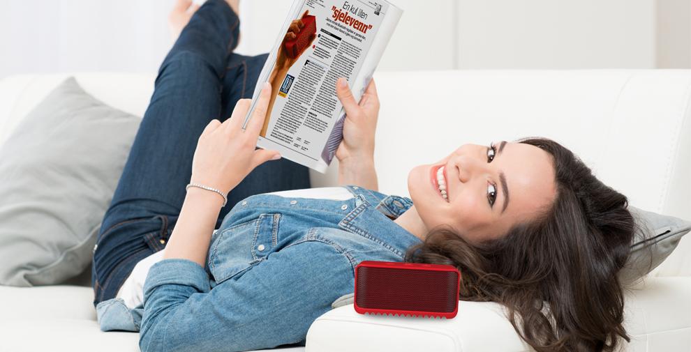flicka läser Ljud och Bild