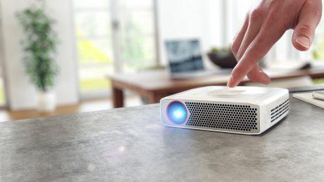 NEC vill lägga beslag på proffsmarknaden med laserprojektorer