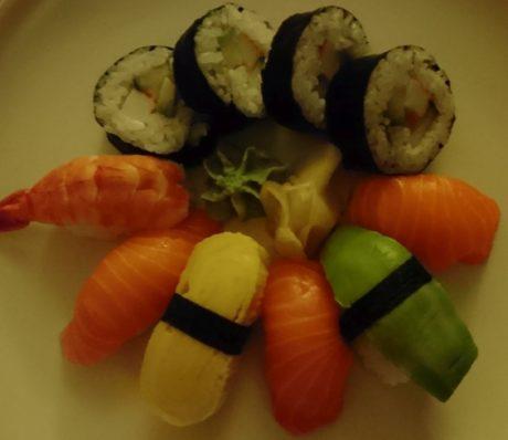 sushi-dark-xperia-x-compact