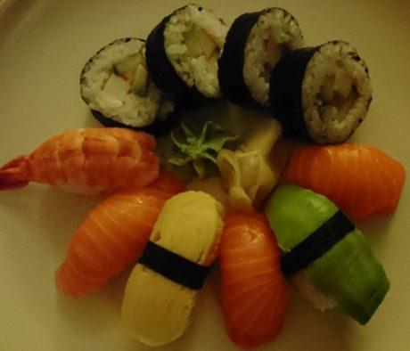 sushi-dark-xperia-xz