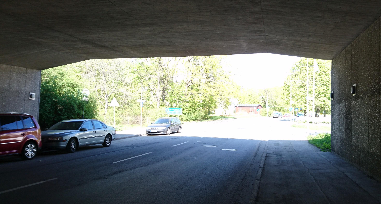 tunnel xperia x new webb